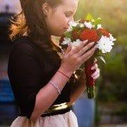 wedding flowers, wedding bouquet, bouquet toss, garter toss