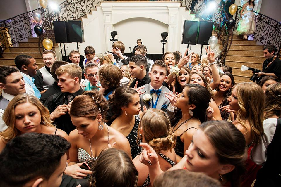 school dance dj in ct, prom dj in ct, homecoming djs in ct